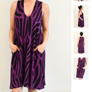 Hourglass Lilly Dresses - HOURGLASS LILLY V Neck Dress with Pockets
